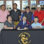 Eagles' Fletcher signs with SCC