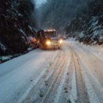 Late-season snow wreaks havoc